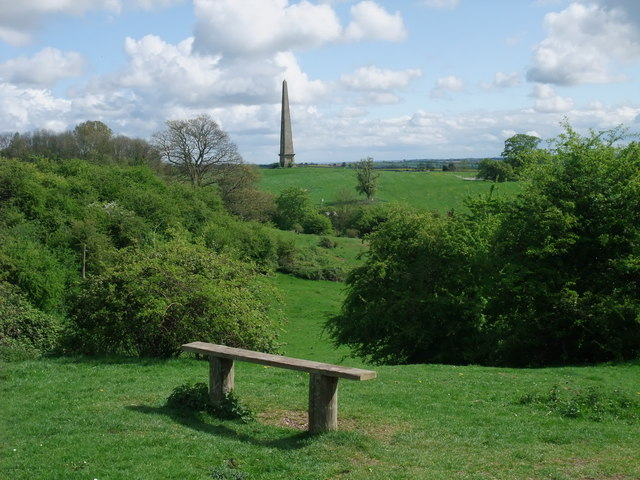 Seat in Welcombe Hills Country Park - geograph.org.uk - 1279875