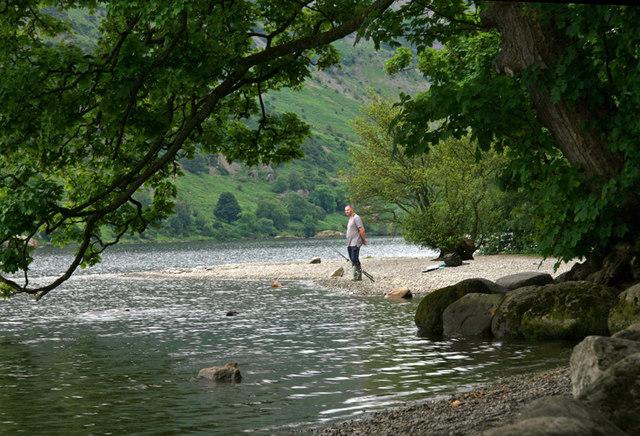 Shore of Ullswater at Glencoyne - geograph.org.uk - 1373240