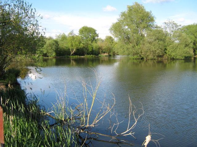Singleton Lake - geograph.org.uk - 1279176