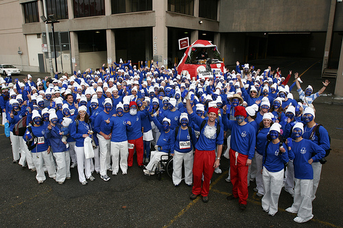 File:Smurfs World Record attempt Hull.jpg