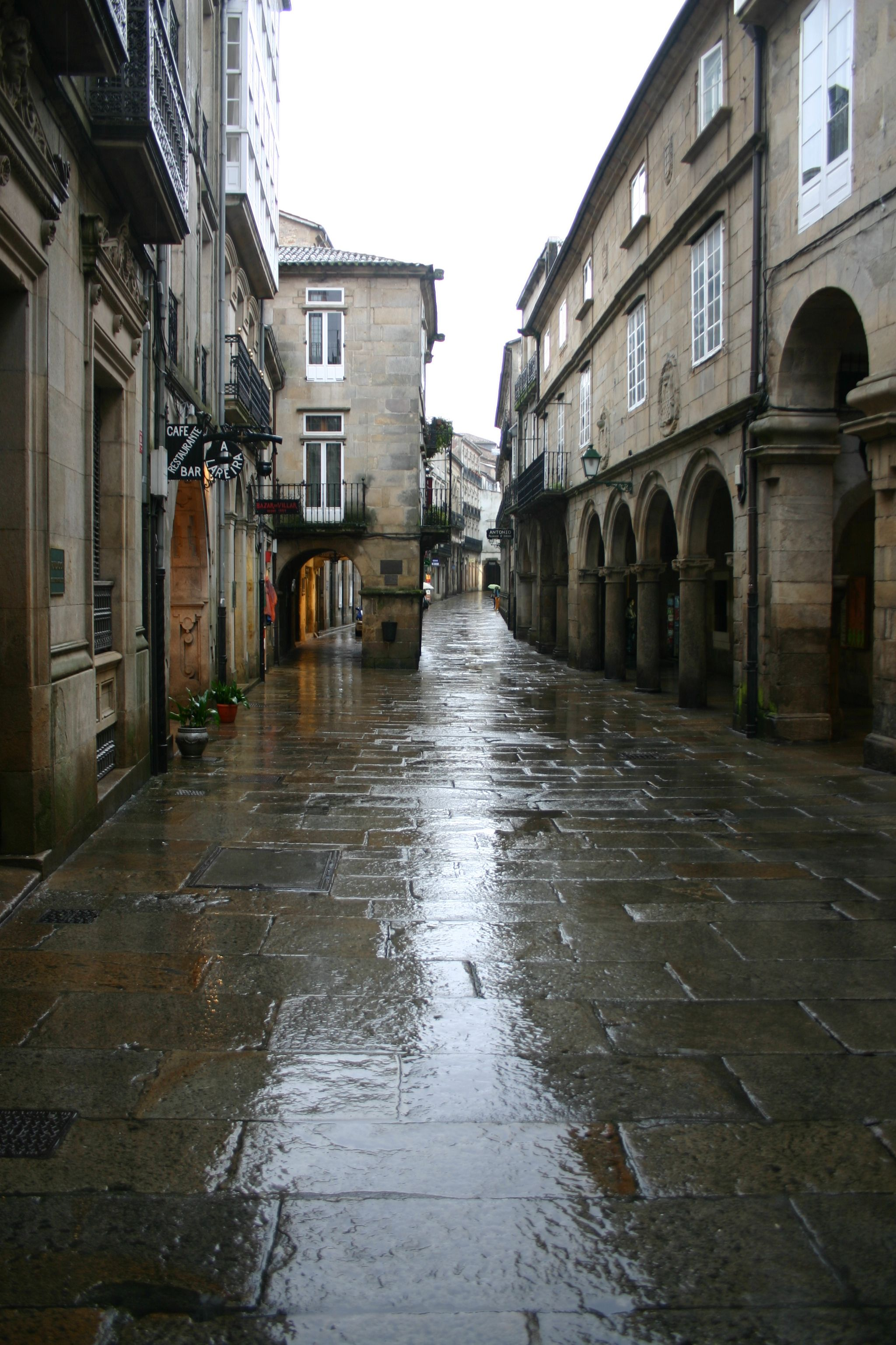100% free online dating in santiago de compostela All you need to know to prepare for the camino de santiago de compostela 100% off camino de santiago – master preparation guide for the camino course – free.