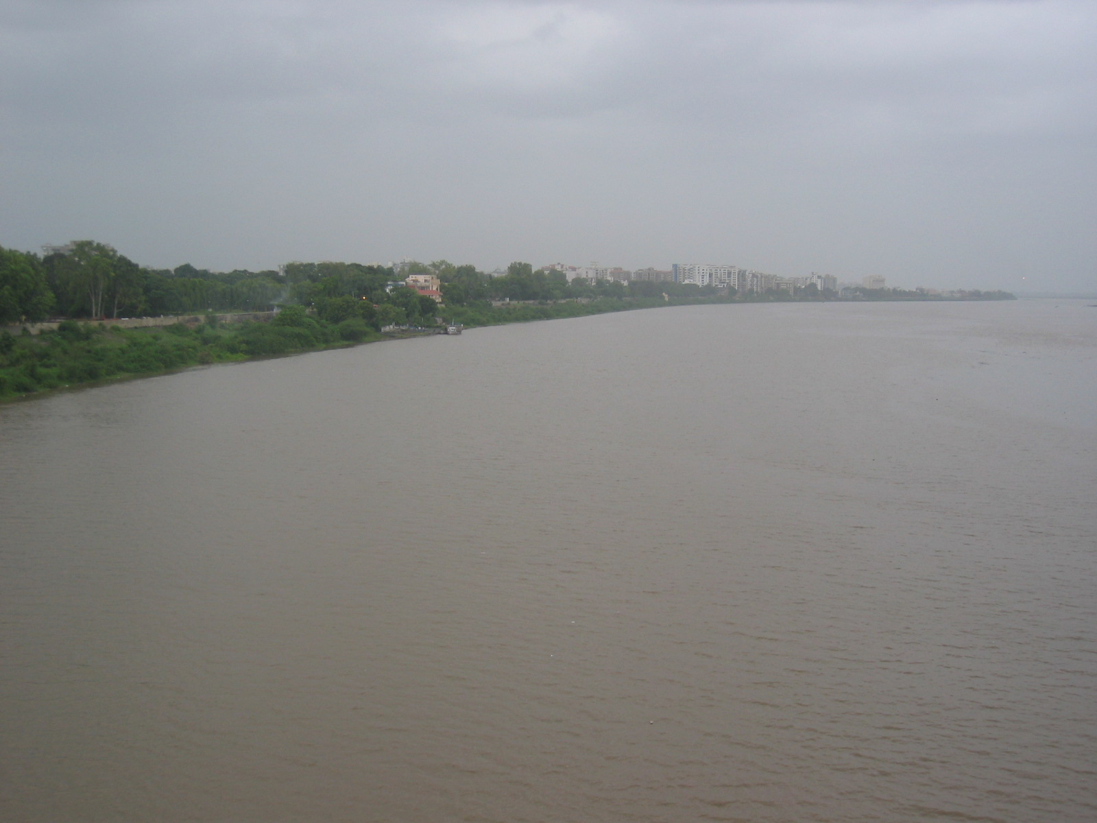 Description Tapi River in Surat.jpg
