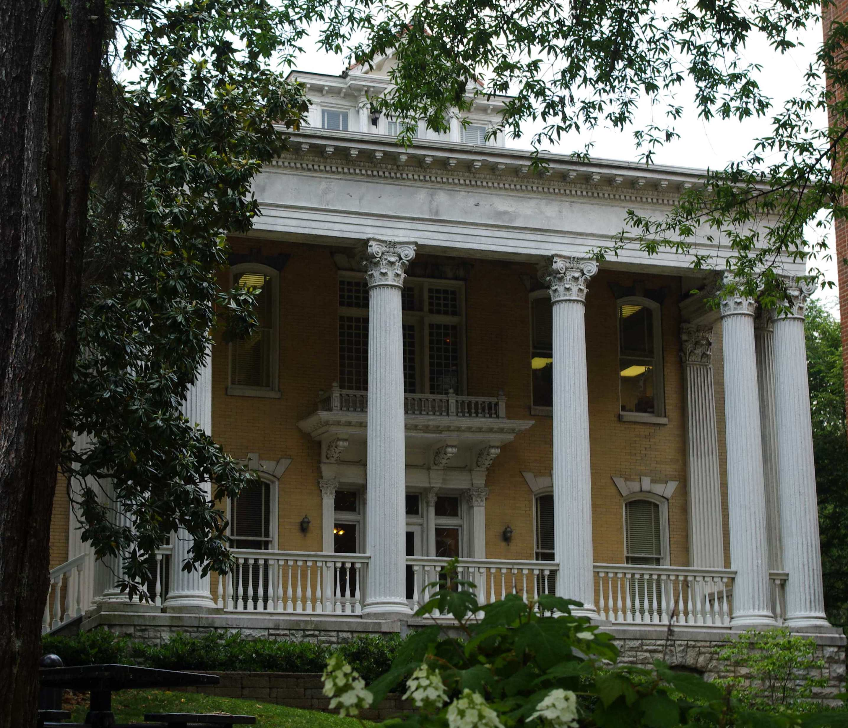 File Tyson Alumni House Tn1 Jpg Wikimedia Commons