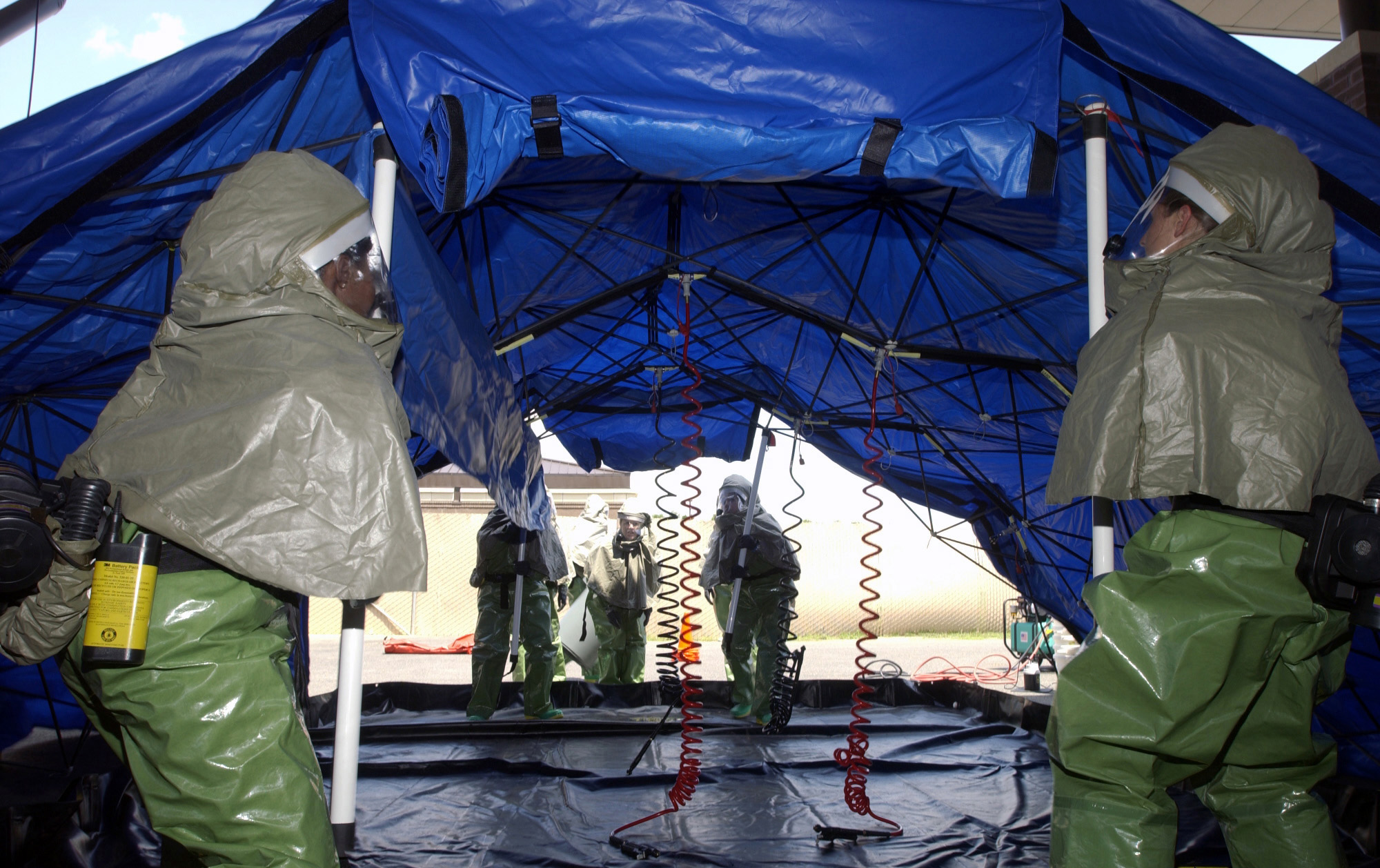 ... Decontamination Team 305th Medical Group (MDG) McGuire Air Force Base (AFB) New Jersey (NJ) set up an In Place Patient Decontamination Tent during a ... & File:US Air Force (USAF) Airmen of the Patient Decontamination ...
