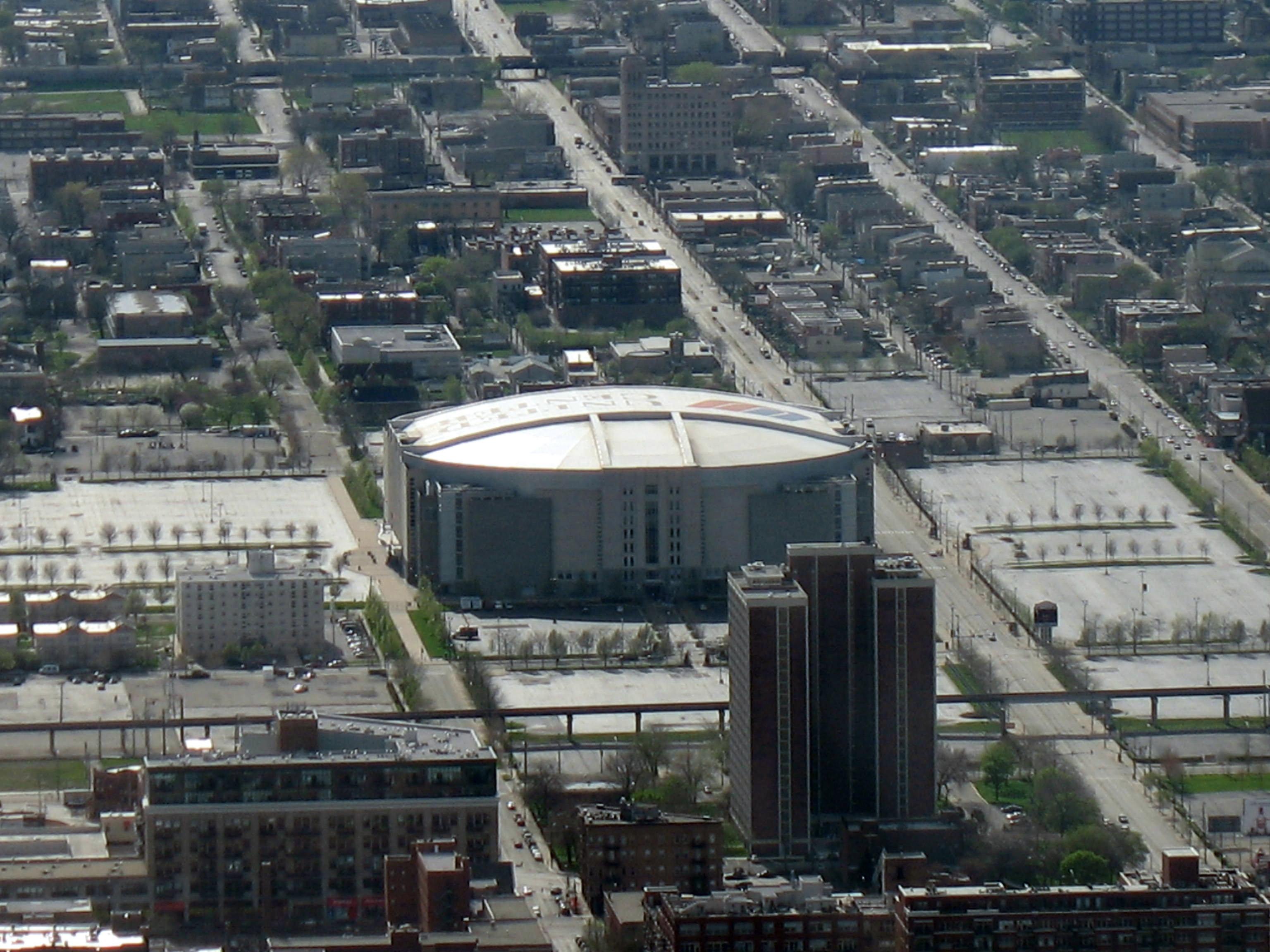 file united center chicago jpg wikimedia commons