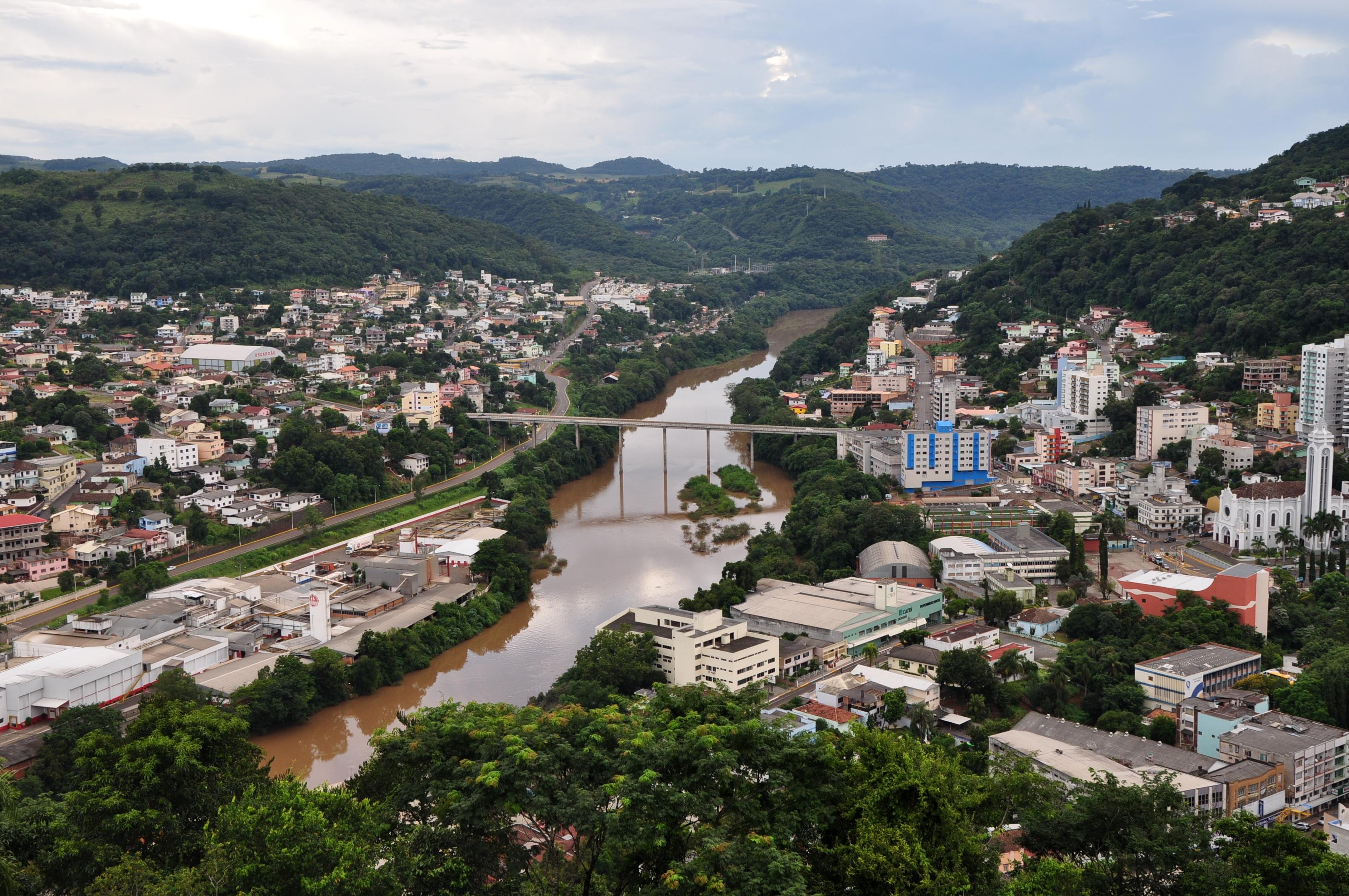 Rio do Oeste Santa Catarina fonte: upload.wikimedia.org