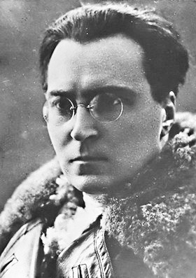 Victor Serge, anarchist.
