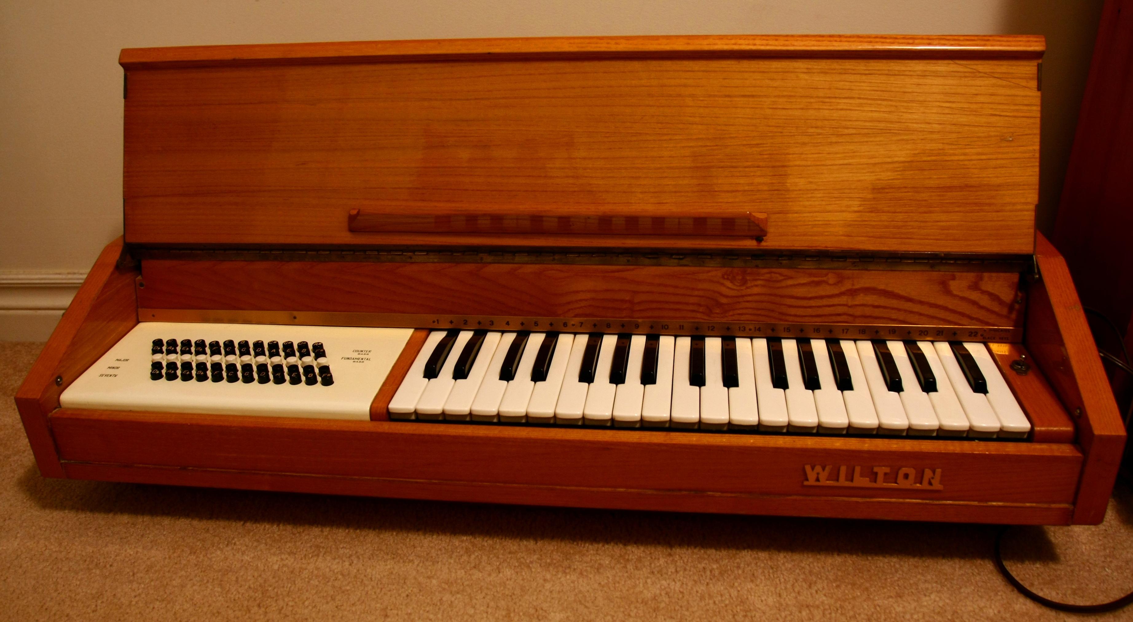Keyboard Chords Chart: Wilton chord organ.jpg - Wikimedia Commons,Chart