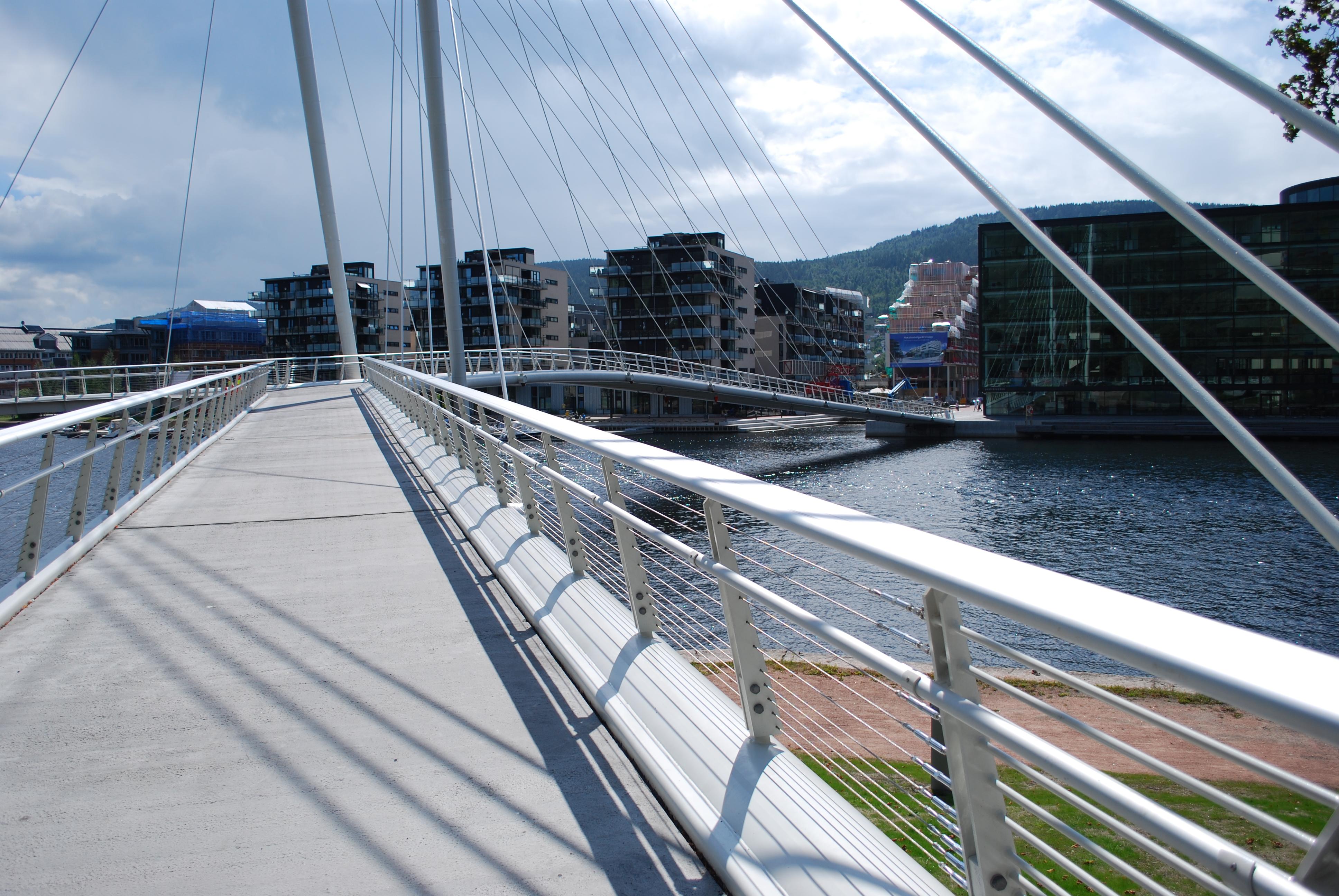 Ypsilon bridge, Norway