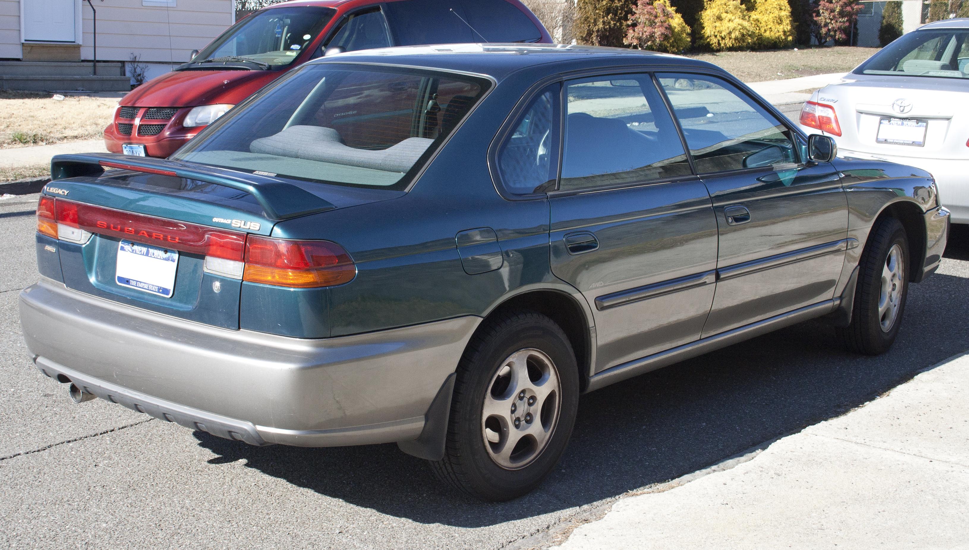 File1999 Subaru SUS Rear
