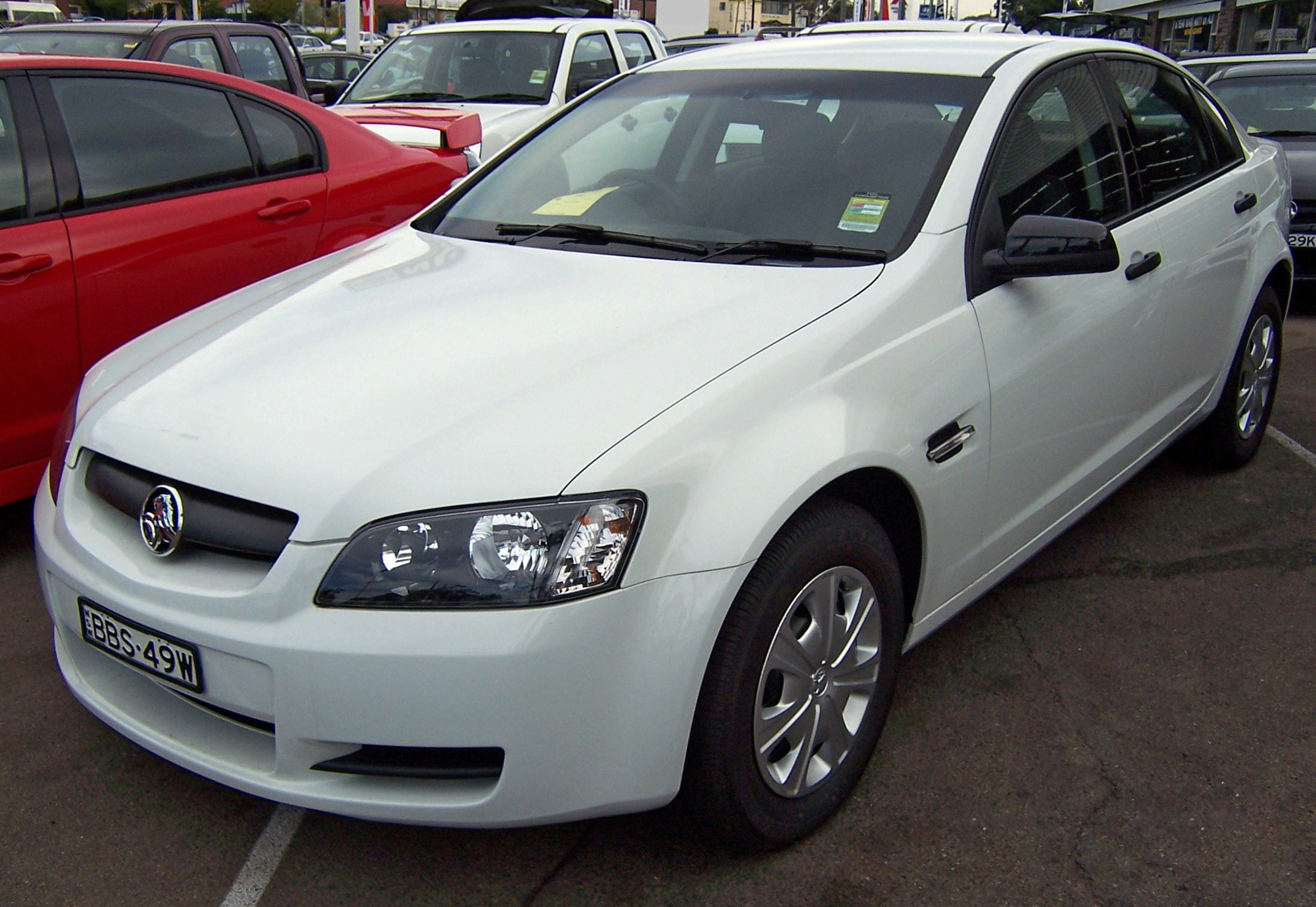 File 2007 Holden Commodore Ve Omega Sedan 2007 05 07
