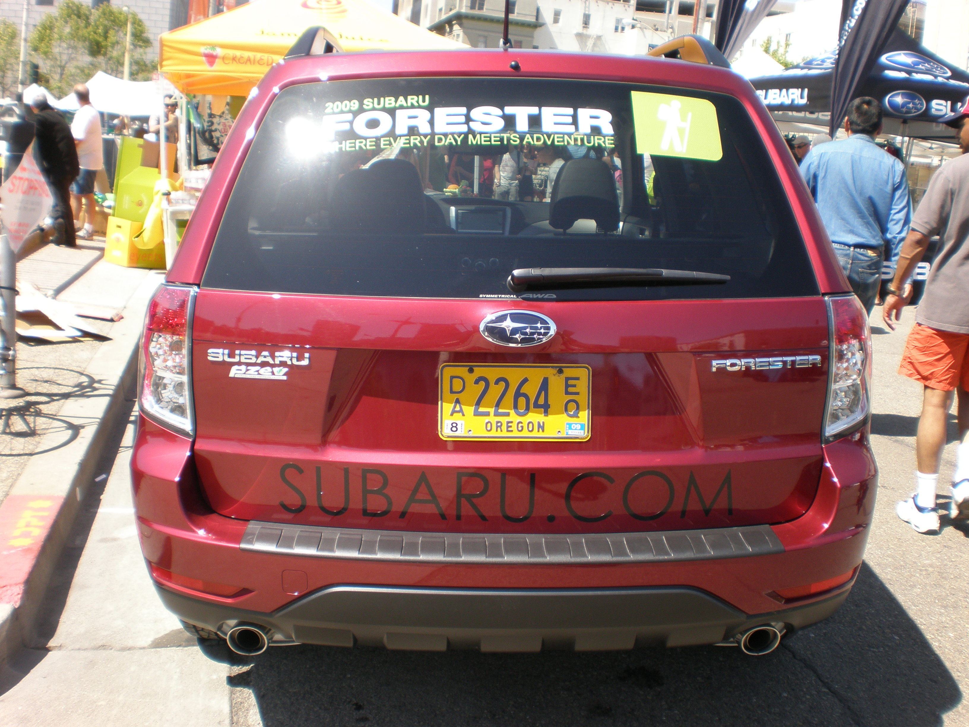 File 2009 red subaru forester rear jpg wikimedia commons