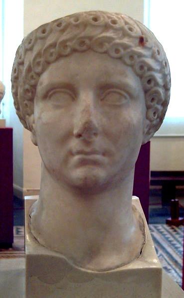 Archivo:Agrippina Maior version 2.jpg