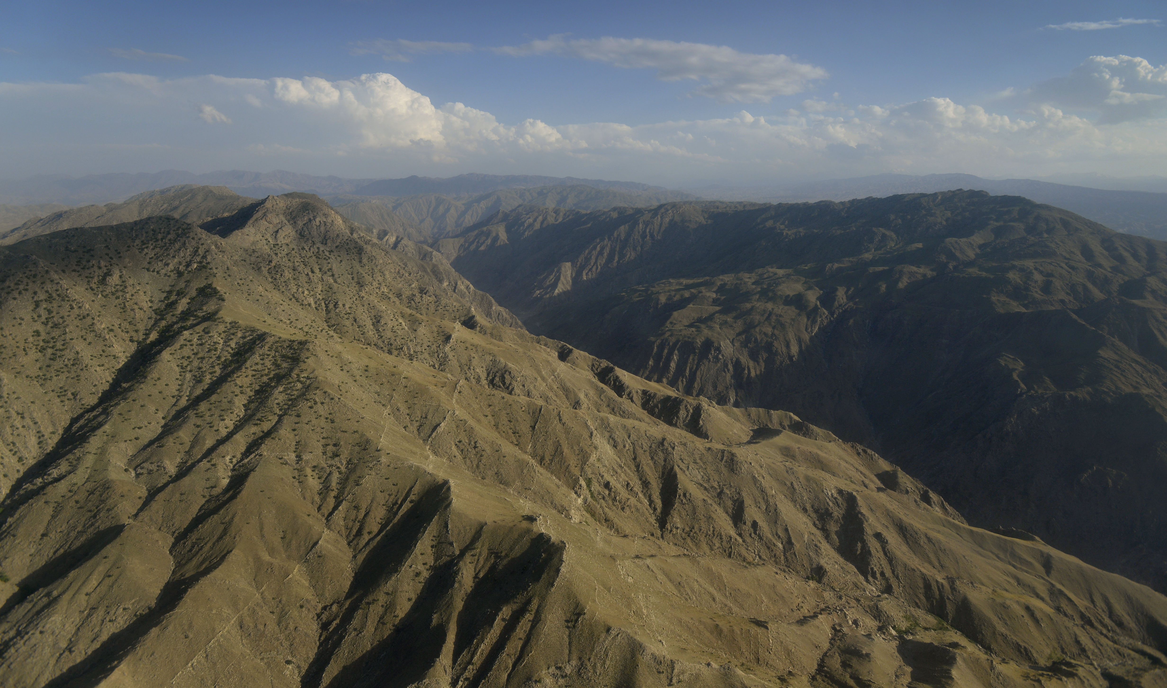 File:An aerial view of a mountain range in Afghanistan May ...