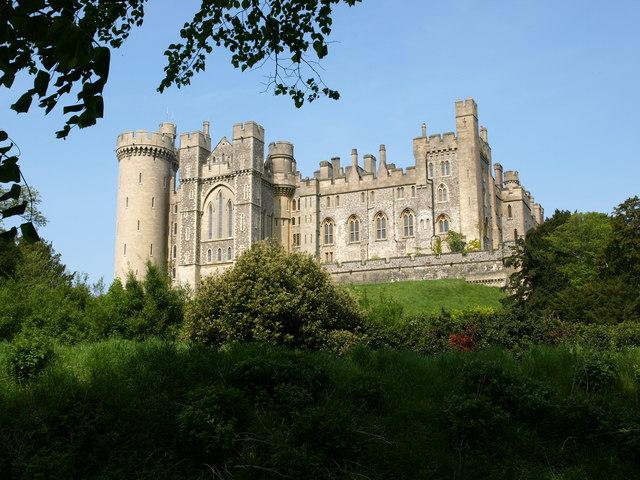 Arundel Castle - geograph.org.uk - 1778751.jpg