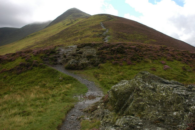 Ascending The Edge to Ullock Pike - geograph.org.uk - 958071