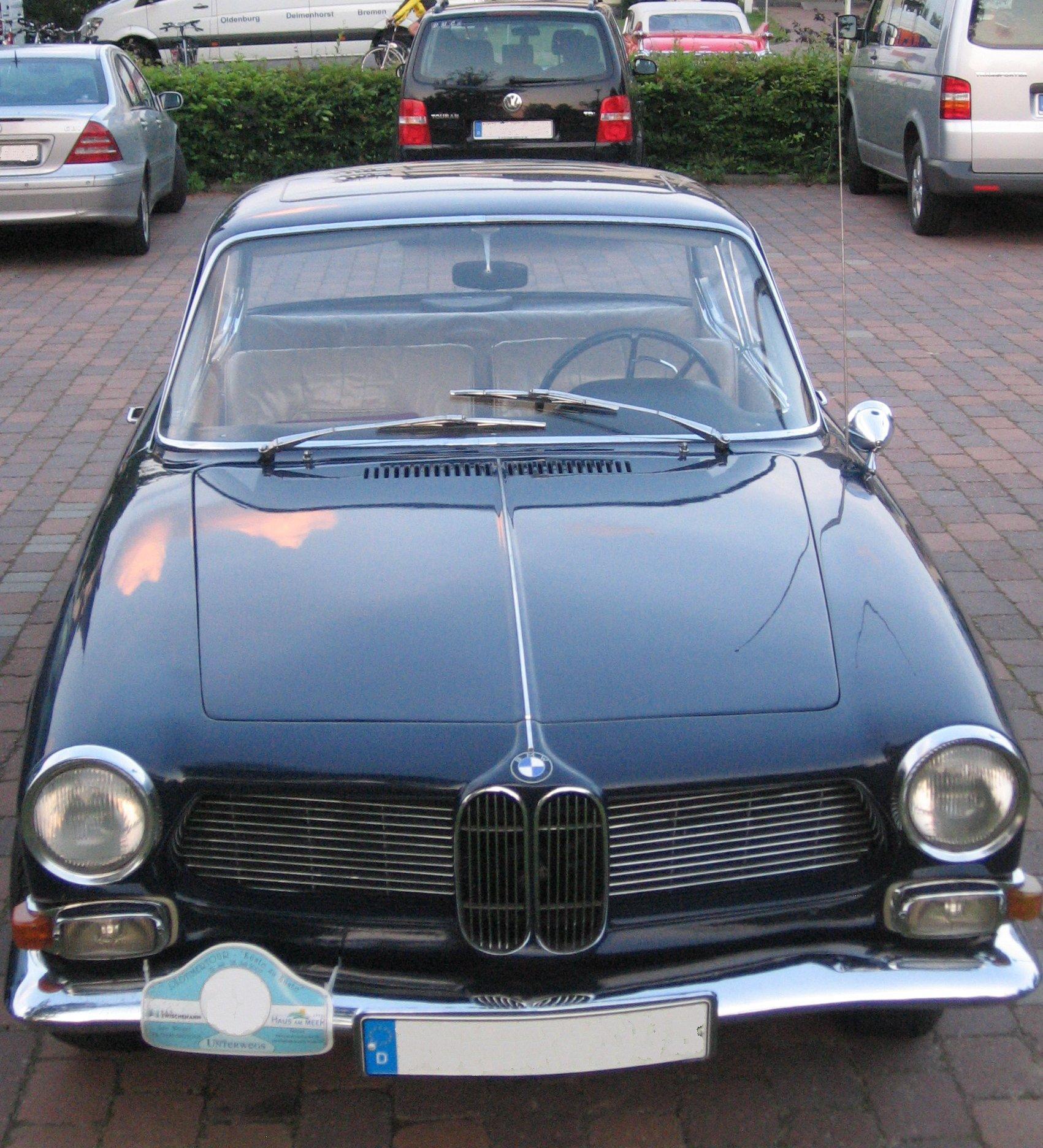 Archivo:BMW 3200 CS - front.jpg - Wikipedia, la enciclopedia libre