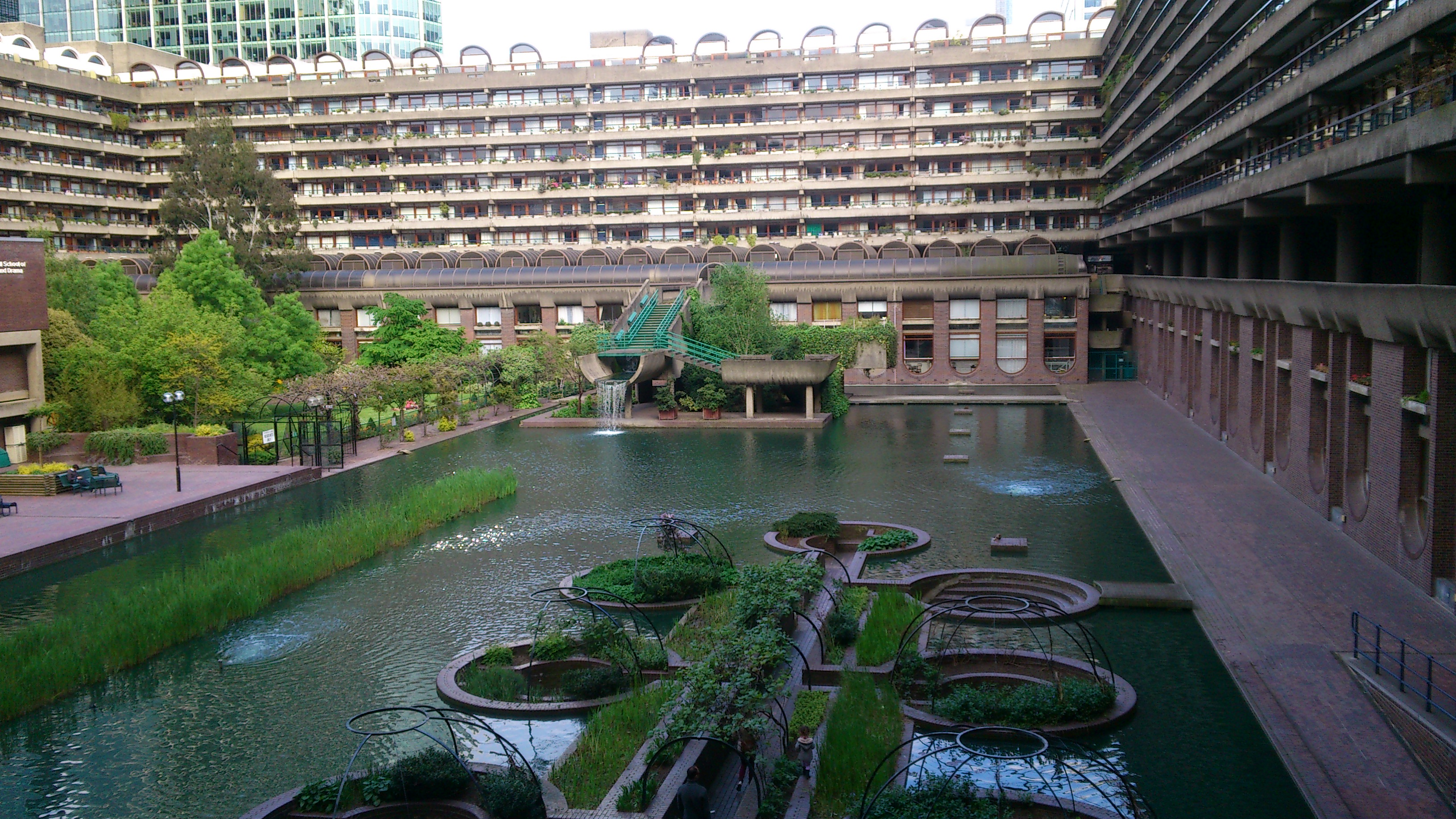 File:Barbican Centre London ABowery.jpg - Wikimedia Commons