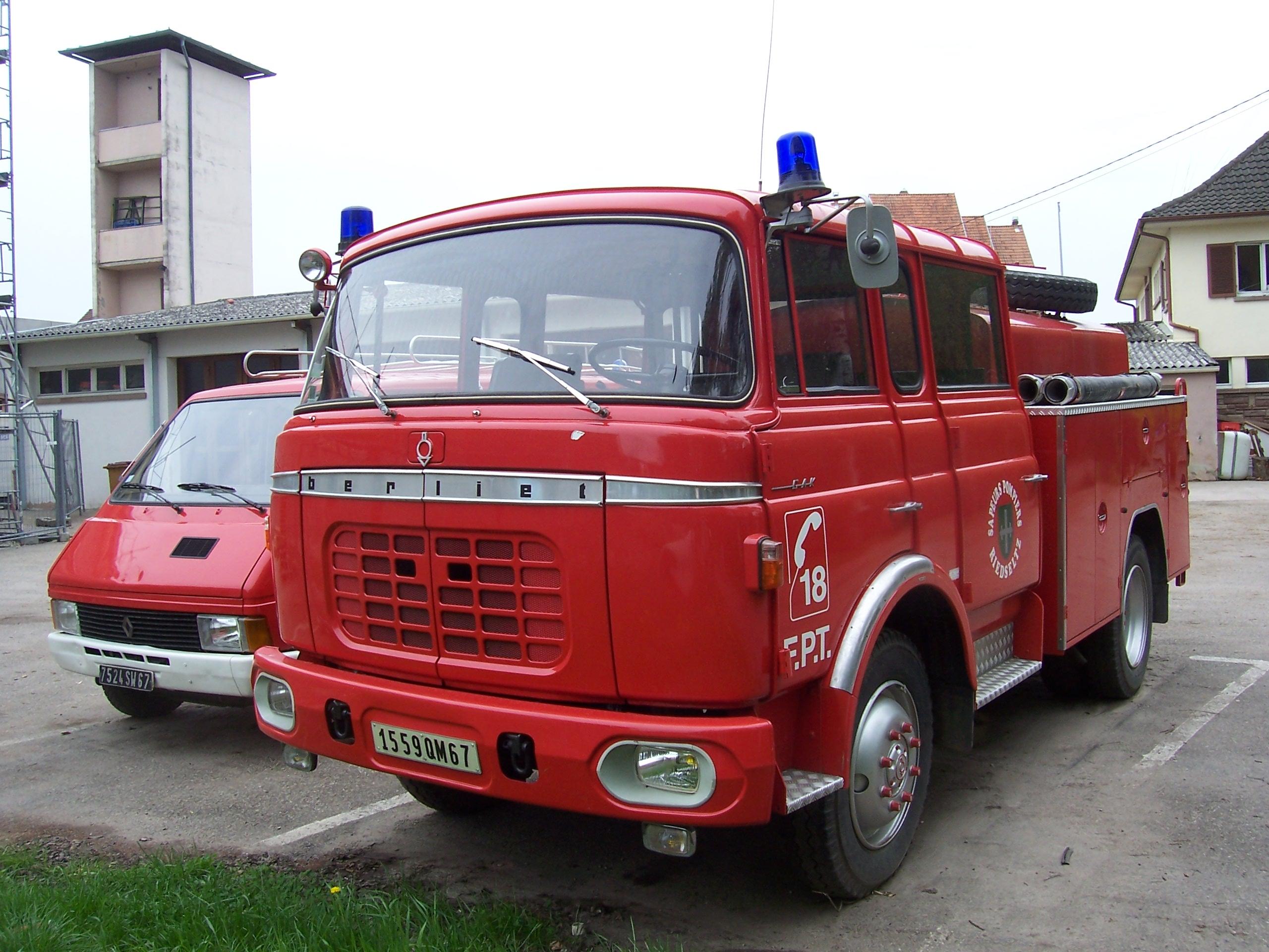 File:Berliet-GAK Wisse...