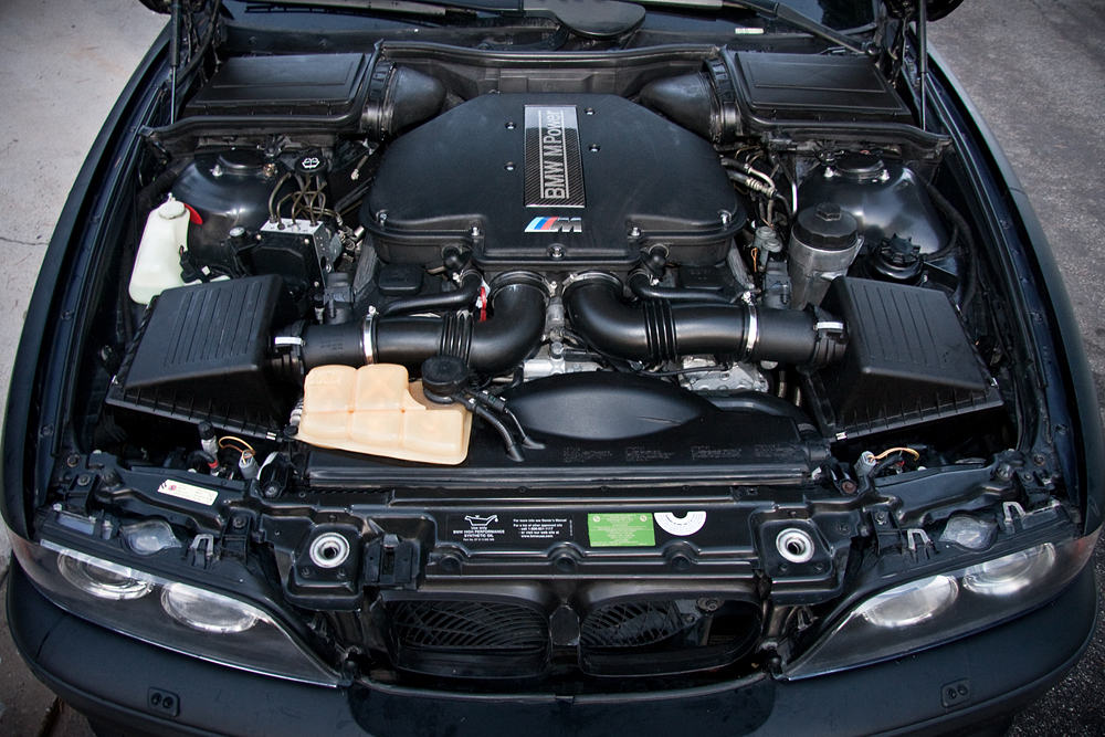 BMW M5 - Wikipedia, the free encyclopedia