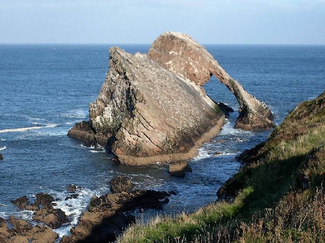 """Résultat de recherche d'images pour """"Bow Fiddle Rock scotland"""""""