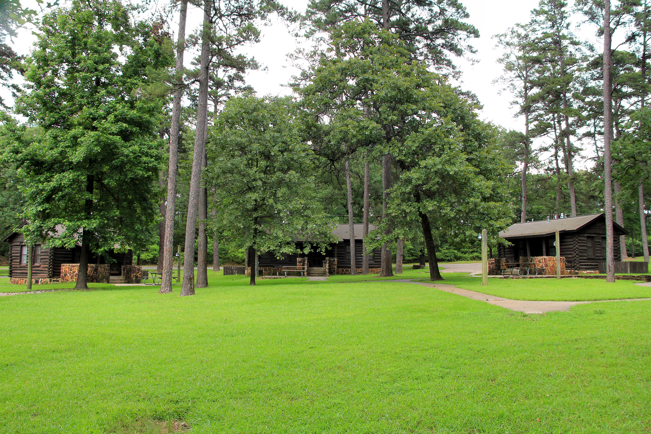 File:Caddo Lake Sp Tx Cabins