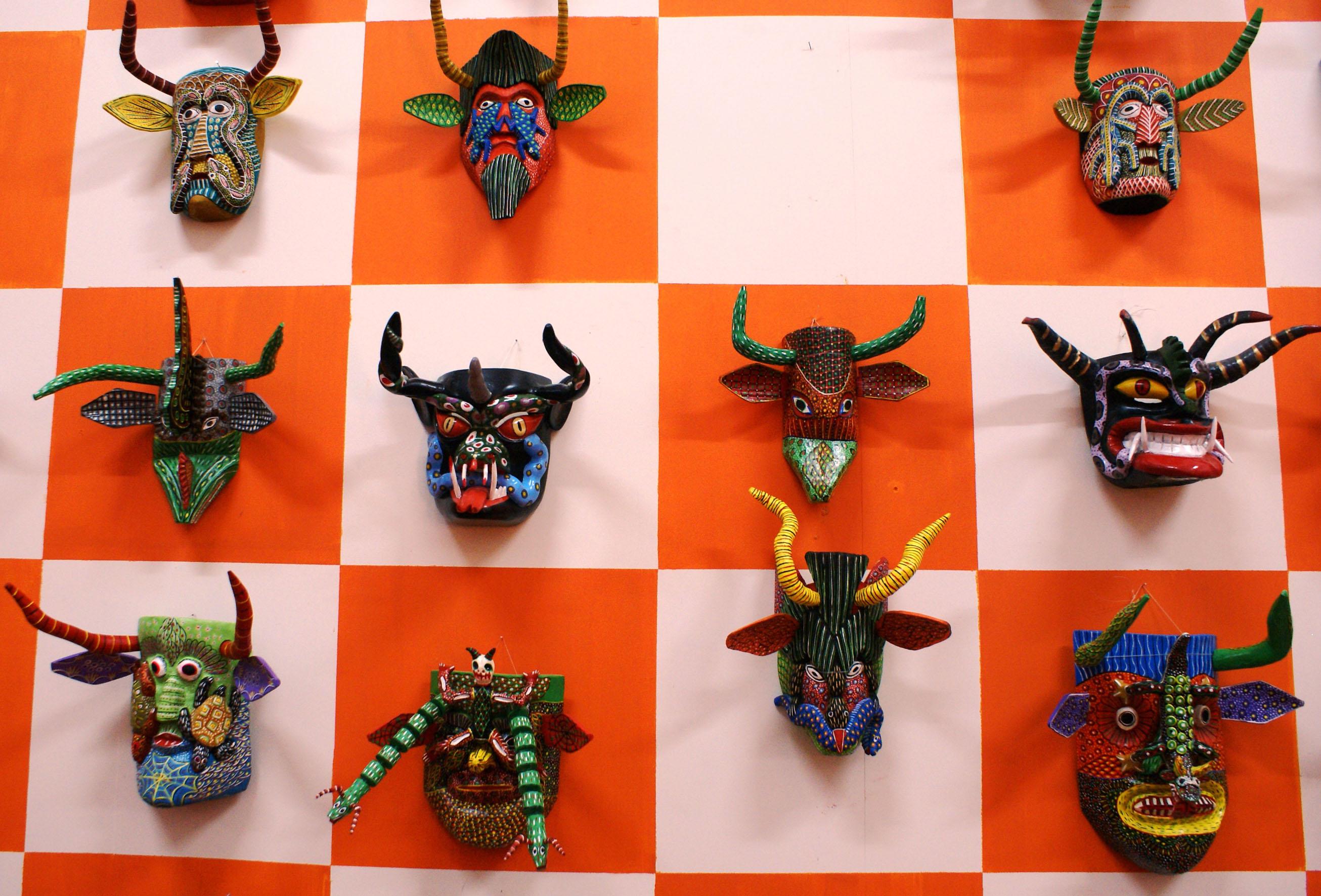Archivo:Casa de las Artesanías de Michoacán 043.jpg - Wikipedia, la ...