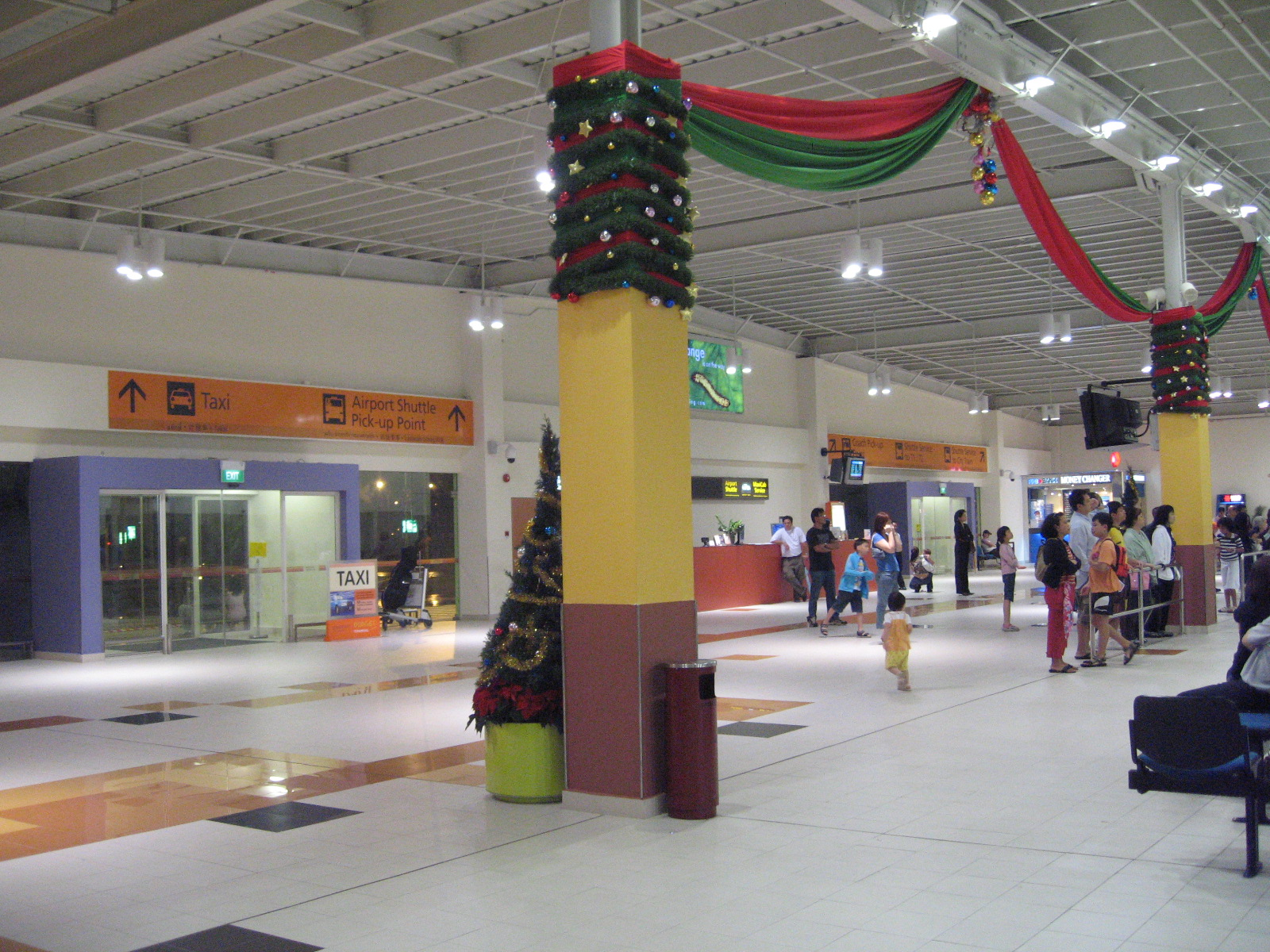 file changi airport budget terminal arrival hall 2 jpg. Black Bedroom Furniture Sets. Home Design Ideas