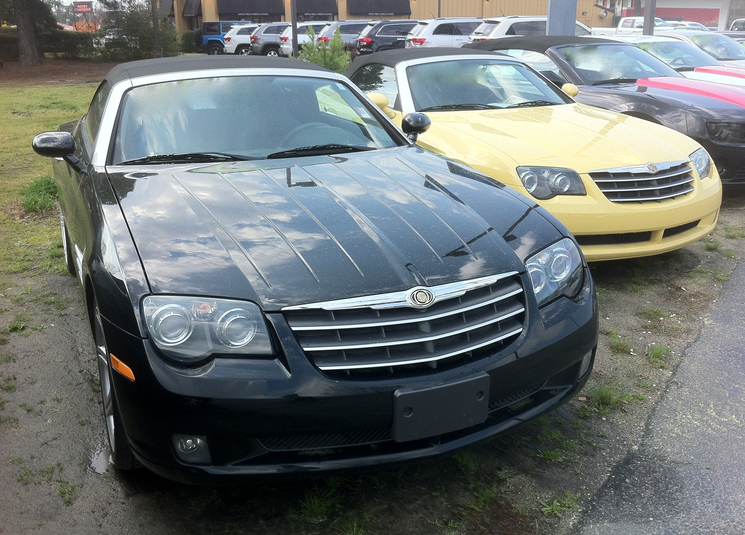 File:Chrysler Crossfire Roadster Black And Second Yellow NC