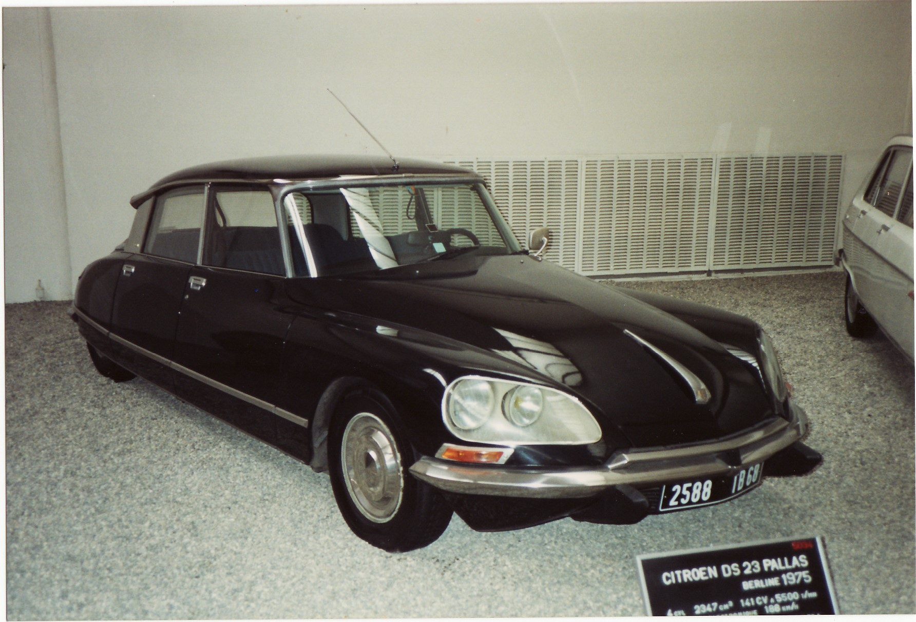 list of synonyms and antonyms of the word 1975 citroen ds 23. Black Bedroom Furniture Sets. Home Design Ideas