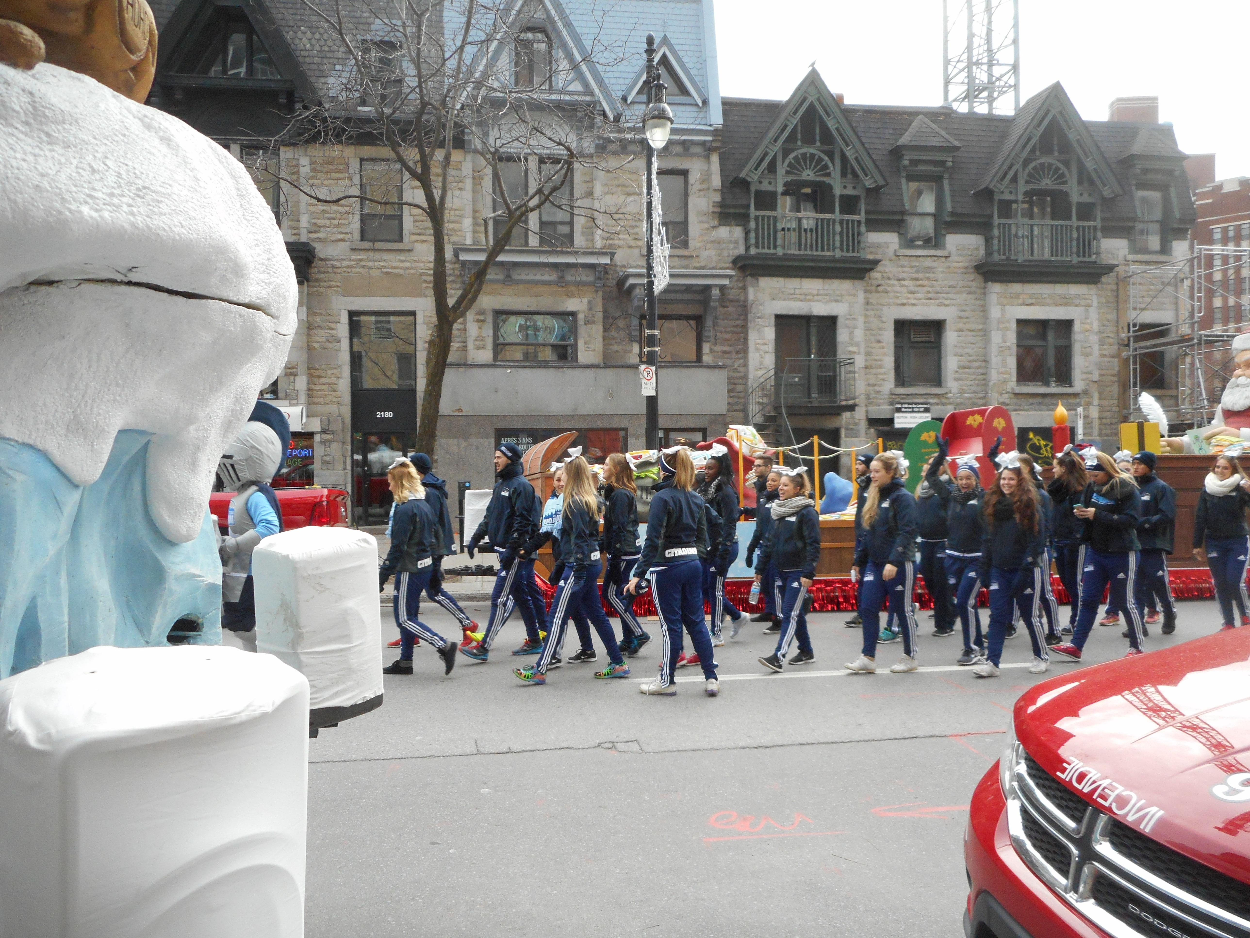 Filedefile Du Pere Noel Montreal 2015 021jpg Wikimedia Commons
