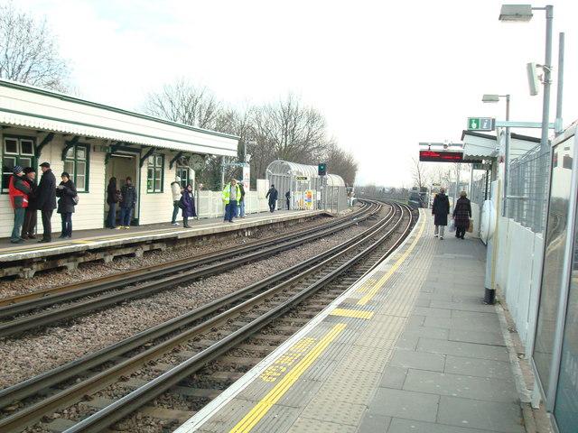 East Acton Underground Station - geograph.org.uk - 1145946