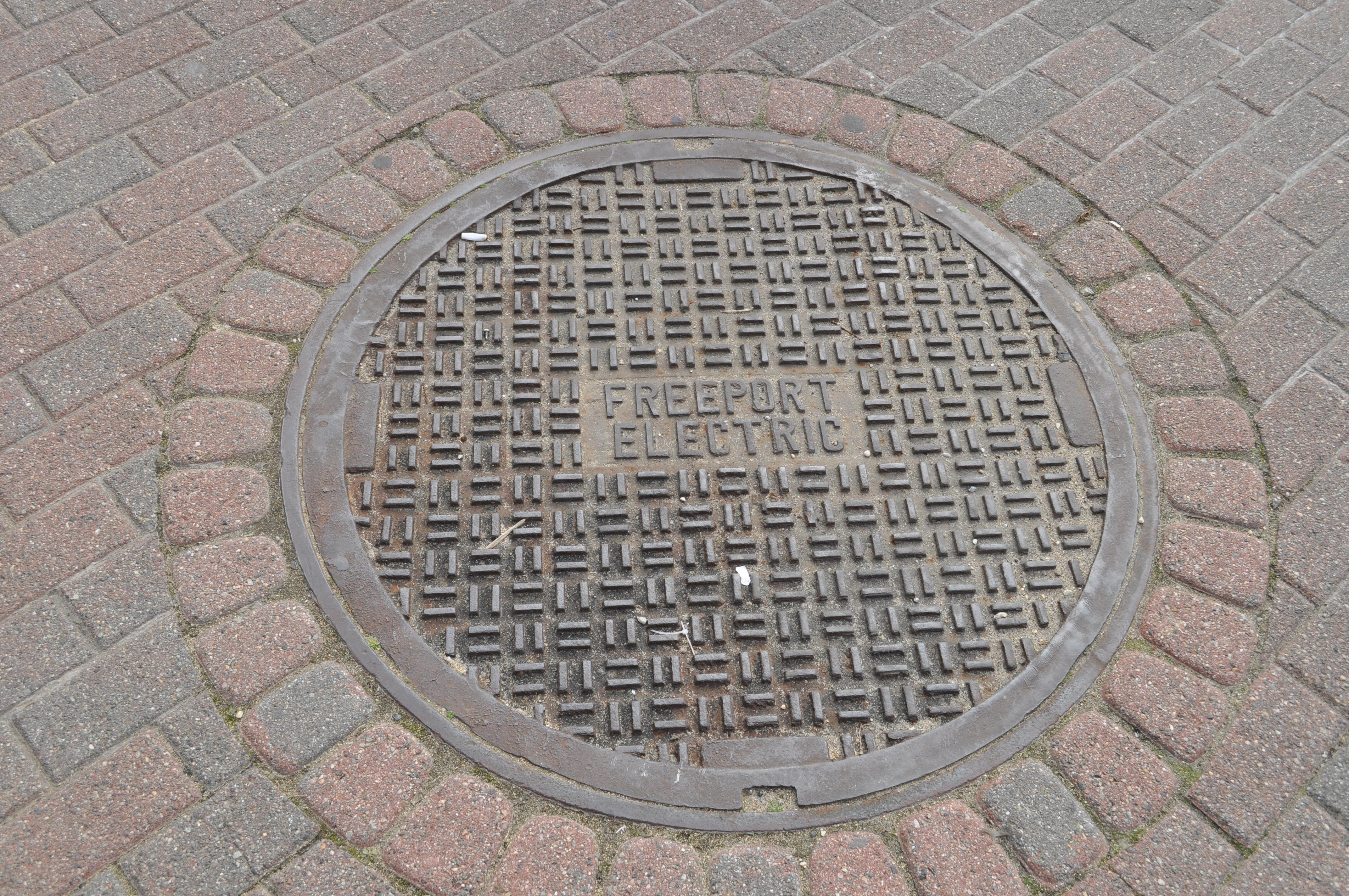 File freeport ny electric manhole g wikimedia commons