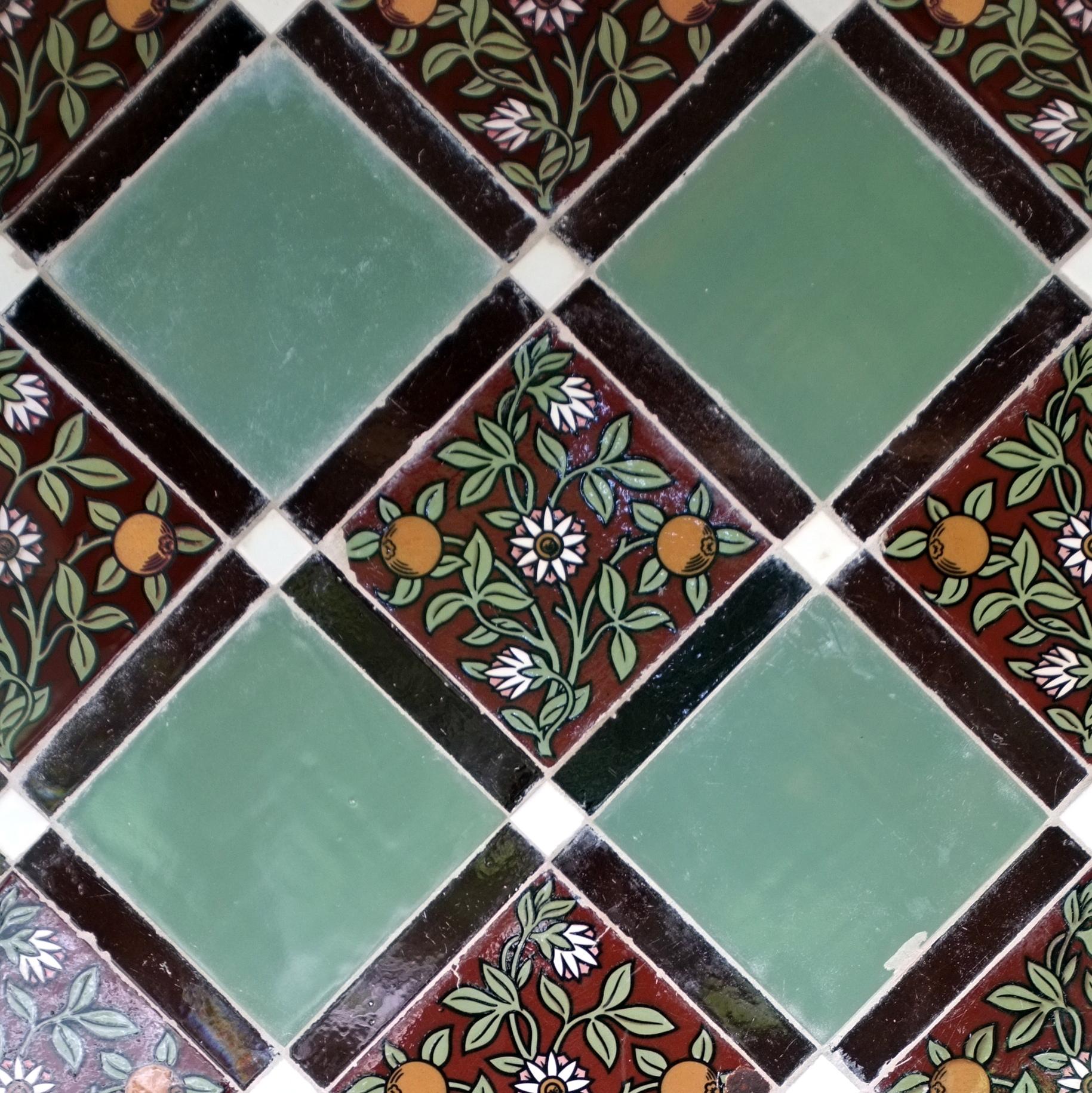 filegarden tiles 7433823224jpg - Garden Tiles
