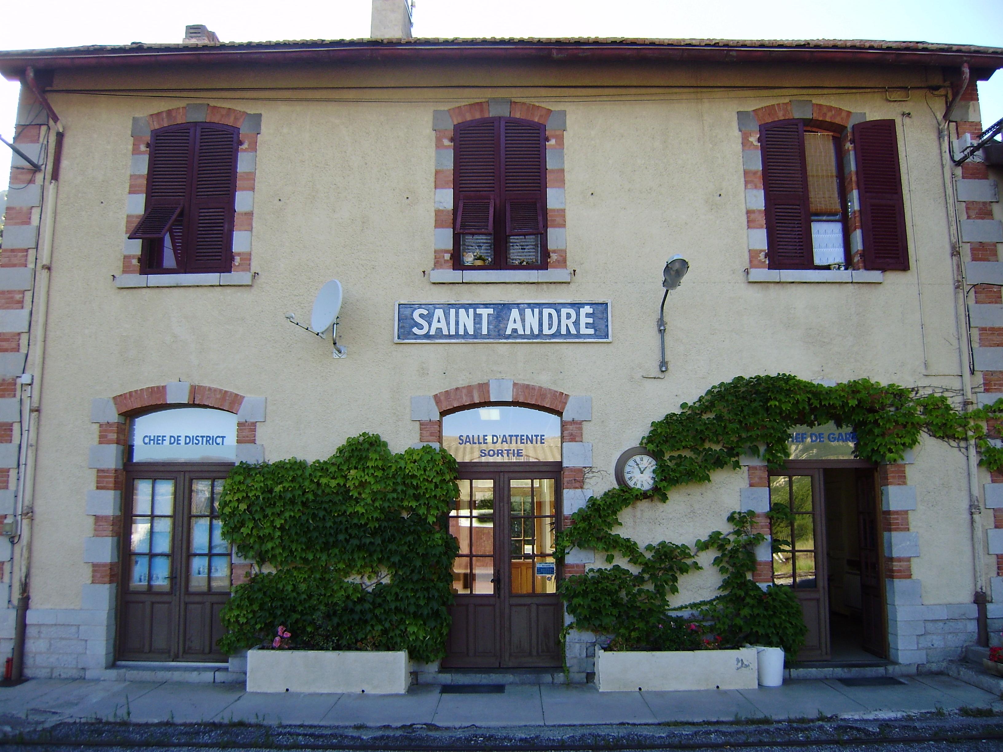 File gare de saint andr les wikimedia commons - Office de tourisme saint andre les alpes ...