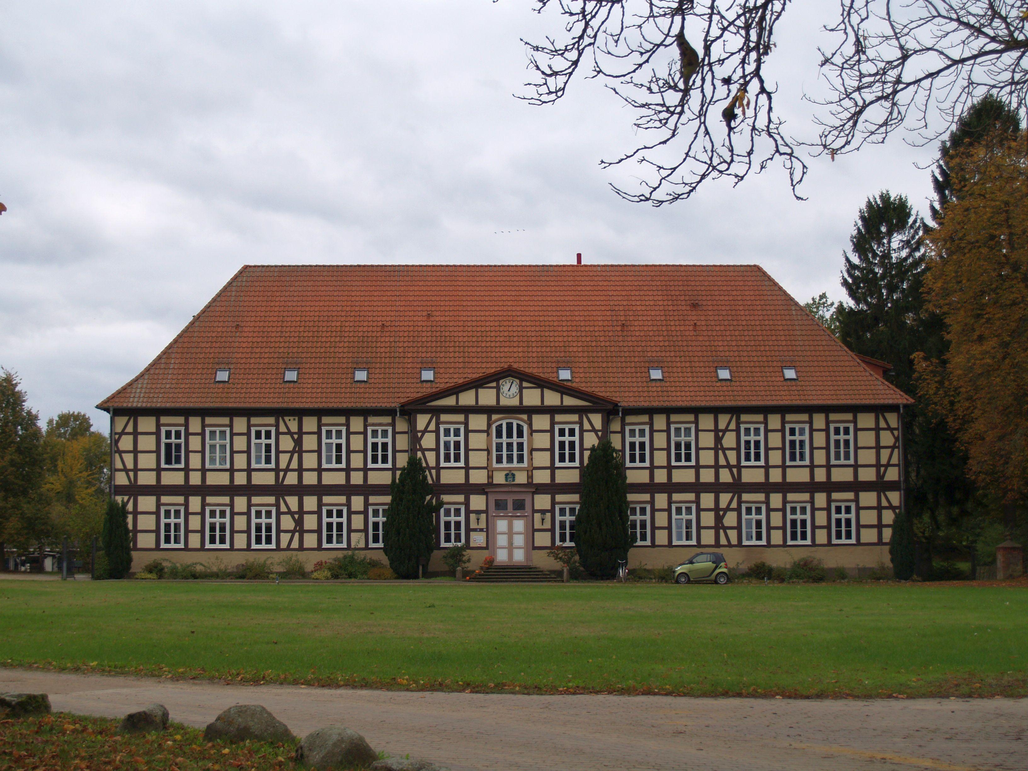 Herrenhaus Zühr - Wikiwand