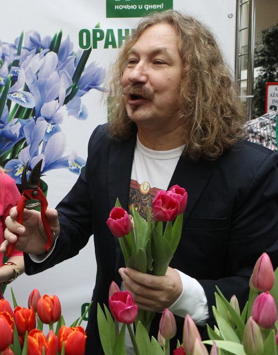 Николаев юрий иванович поэт член союза п