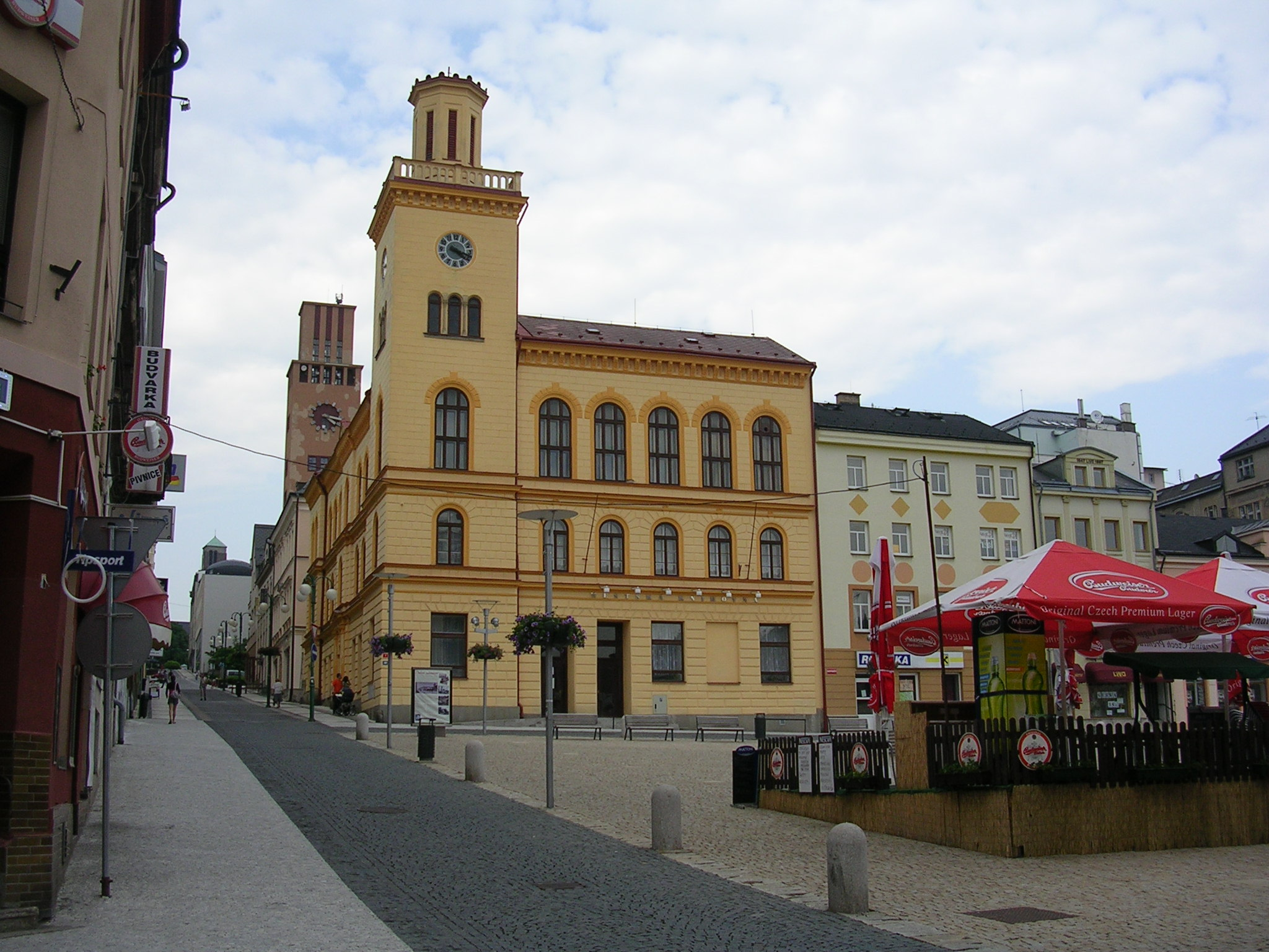 jablonec nad nisou dating site Chat online in jablonec nad nisou, czech republic with over 330m members on badoo, you will find someone in jablonec nad nisou make new friends in jablonec nad nisou at badoo today.