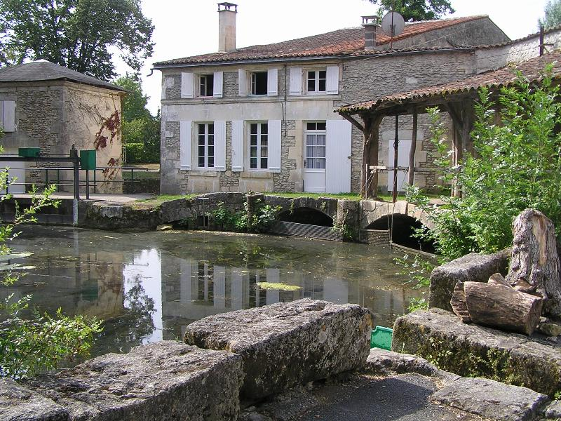 L'Antenne à Javrezac (Charente, France).