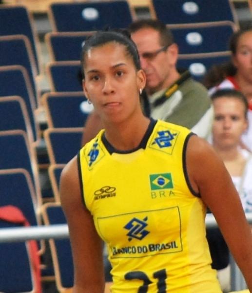 Juliana Nogueira
