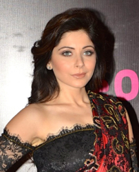 Kanika Kapoor at Screen Awards.jpg
