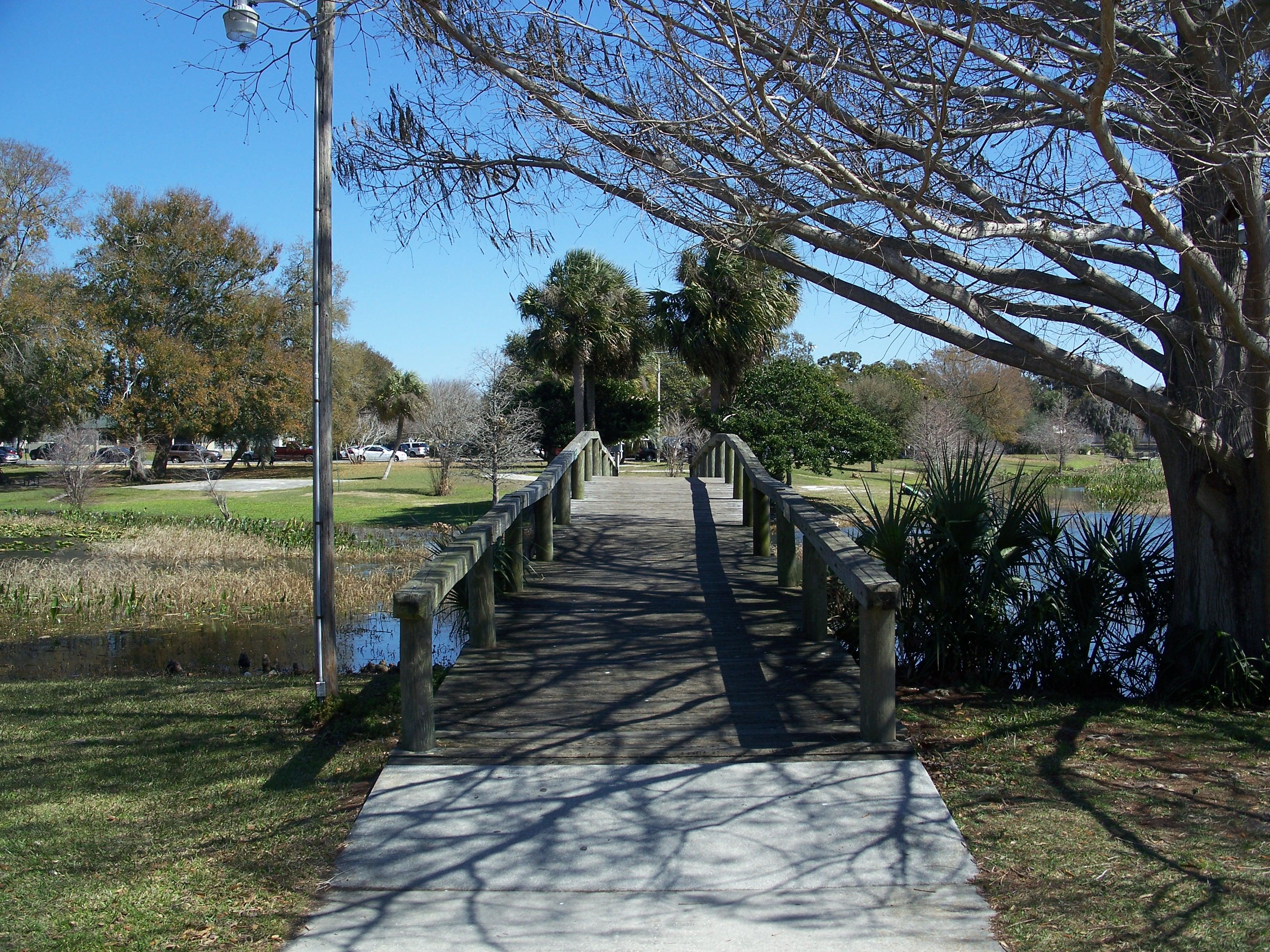 Filename: Leesburg_FL_Venetian_Gardens_bridge07