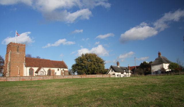 Levington - church, pub and cottage - geograph.org.uk - 1586627