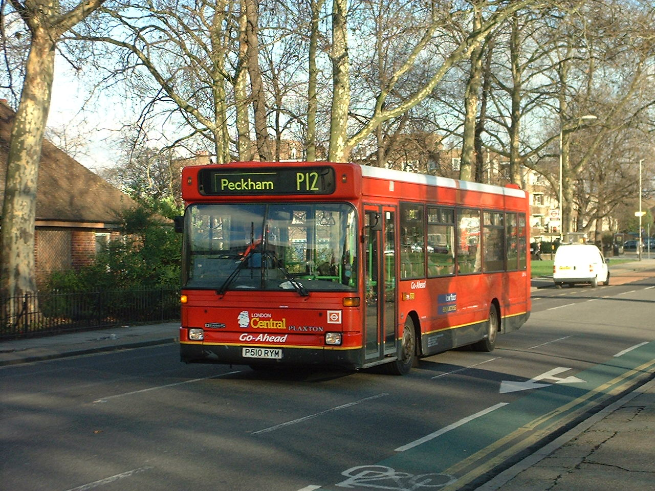 file:london bus route p12 - wikimedia commons