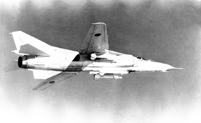 MiG 23 (航空機)の画像 p1_37