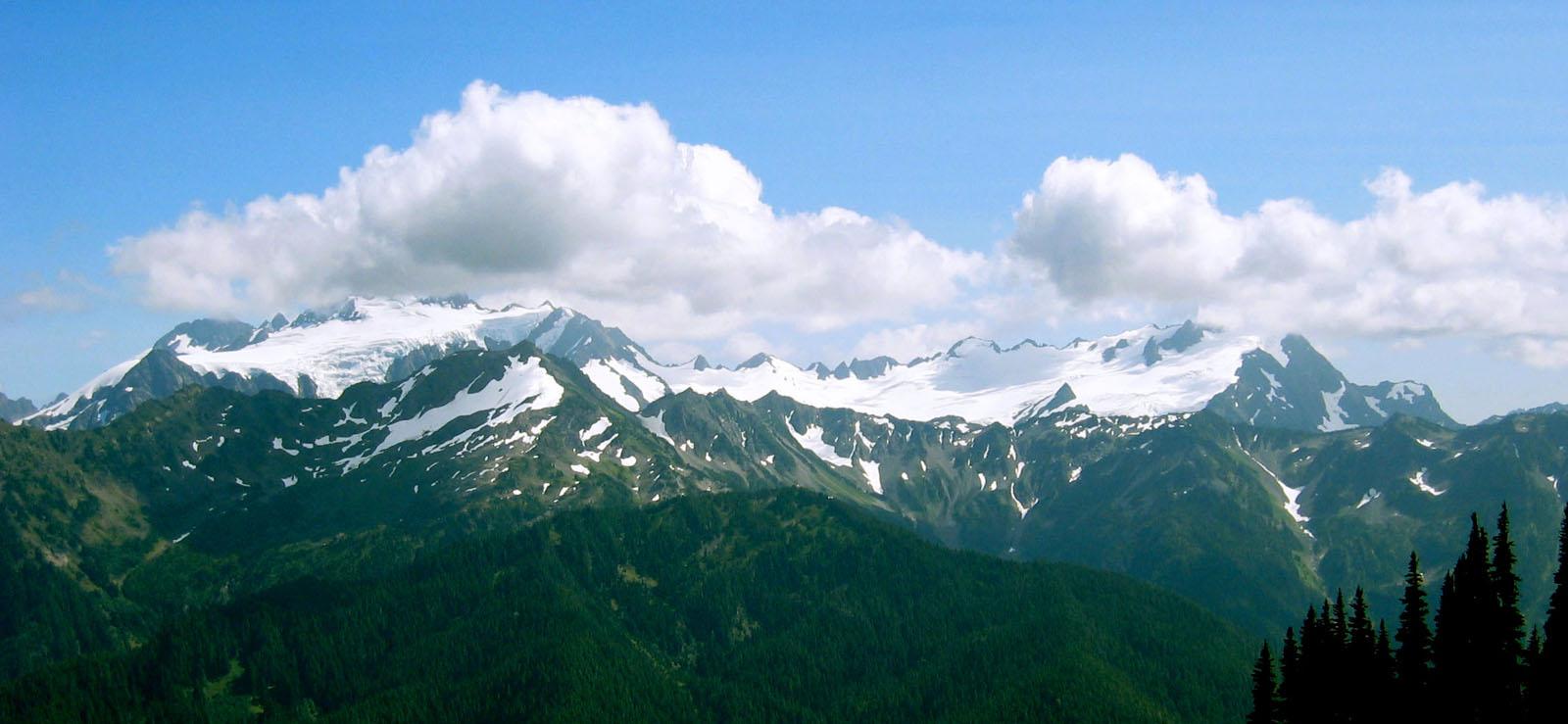 File:Mount Olympus-JP.jpg - Wikimedia Commons
