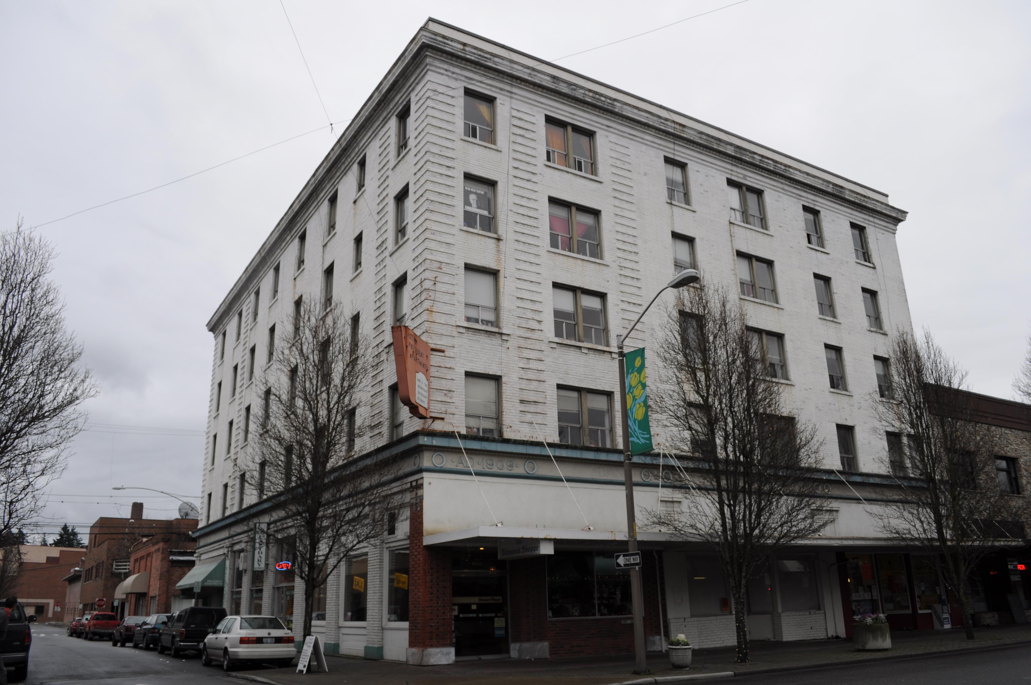 President Apartments Mount Vernon Wa