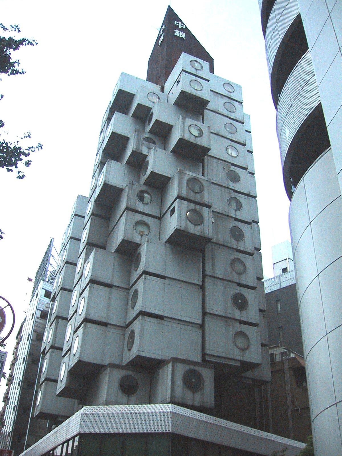 Najpoznatije svetske arhitekte - Page 2 Nakagin_Capsule_Tower_01