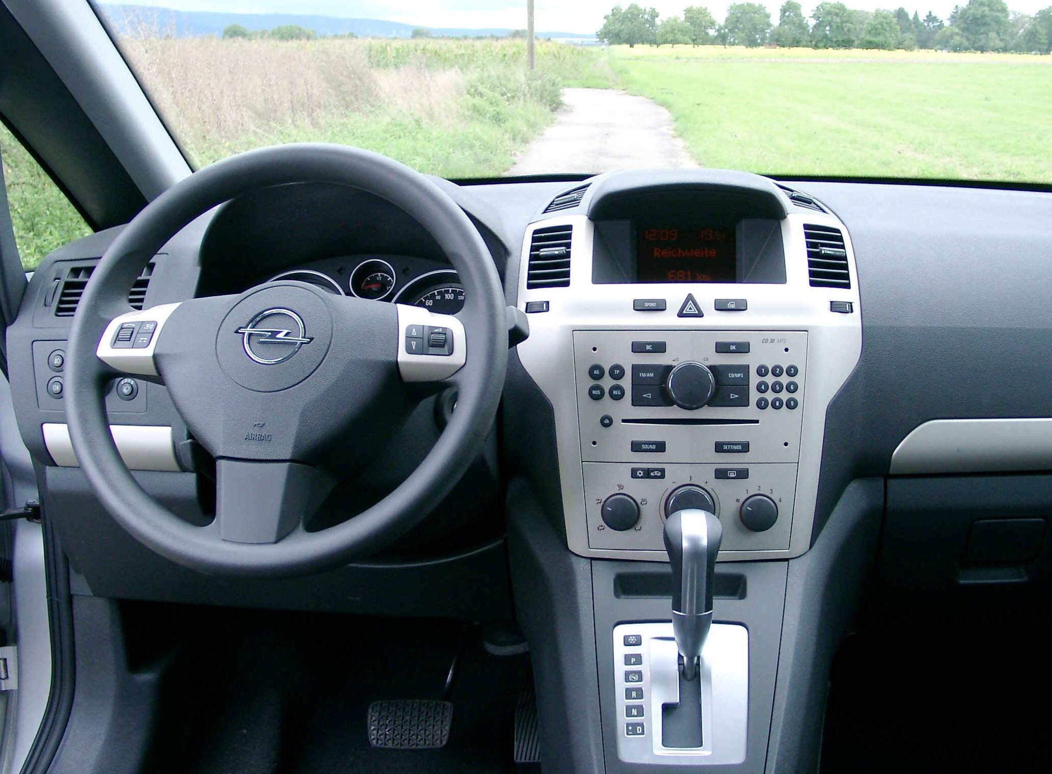Datei Opel Zafira Inside Wikipedia