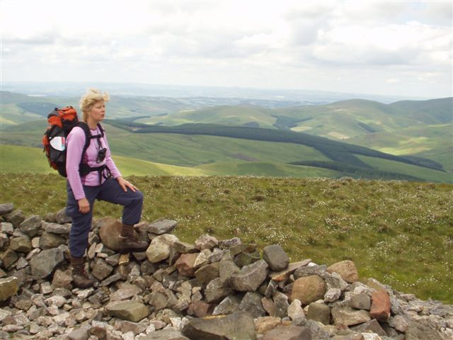 Reaching the Top of Windy Gyle - geograph.org.uk - 18468